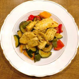 Hähnchen-Gemüse mit frischem Schuss Orange