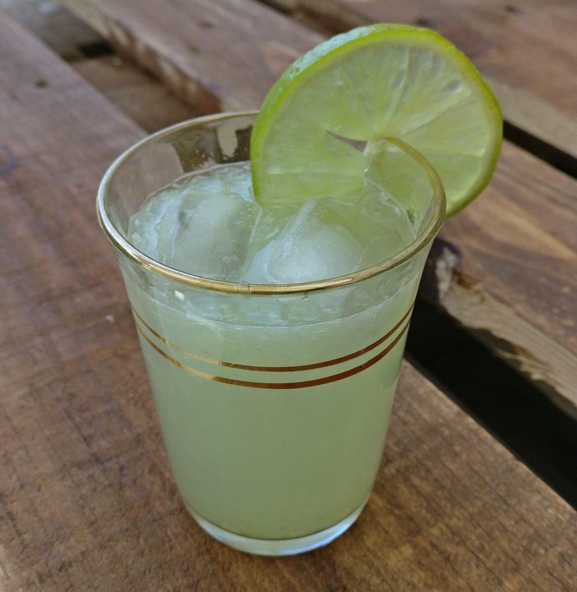 Limetten Limonade mit Stevia (Zuckerfrei)