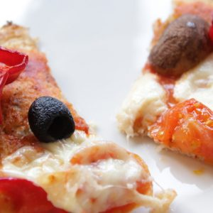 Blumenkohl Pizza — Luftig, Leicht und Lecker